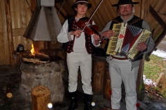 Góralska kapela - skrzypce i harmonia